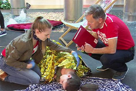 Erste Hilfe Jugendrotkreuz Rotes Kreuz Kurs