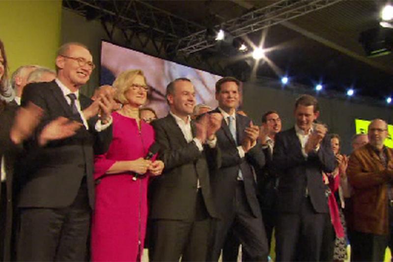 Volle Bühne bei der Wahlkampfveranstaltung