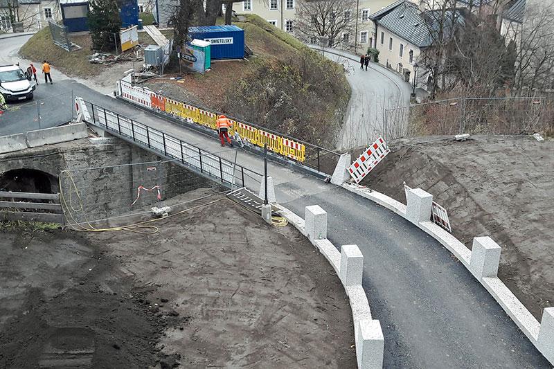 Baustelle für die Umfahrungsbrücke bei der Monikapforte auf dem Mönchsberg in der Stadt Salzburg