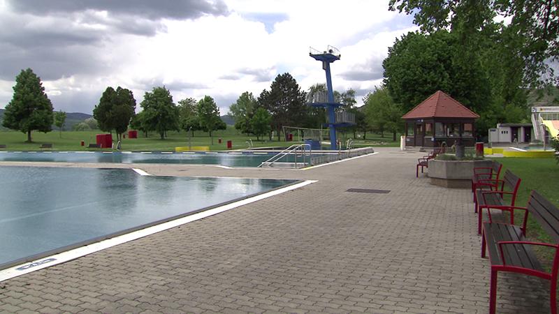 Leeres Bad in Krems und Sankt Pölten