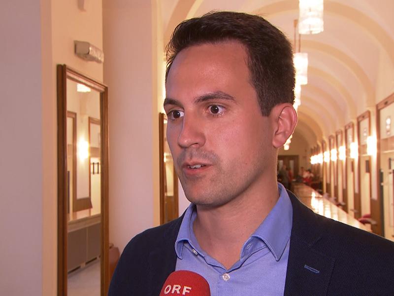 NEOS-Klubobmann Christoph Wiederkehr