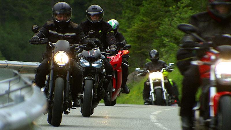 Motorradfahrer Hahntennjochstrecke