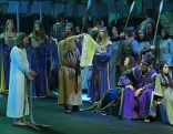 Darstellung der Passion auf der großen Bühne in Erl