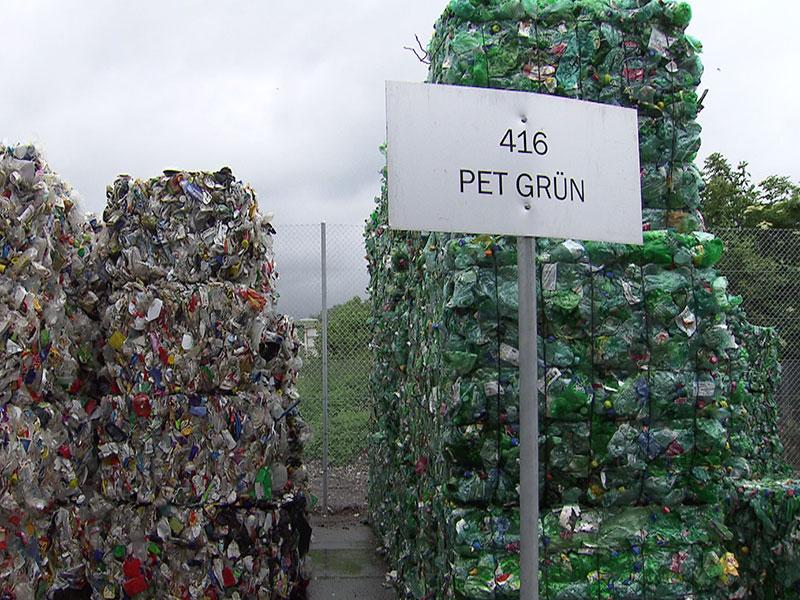 Mülltrennung Schwerpunkt Mutter Erde